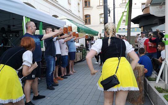 Megmutatjuk, hogy néz ki egy igazi sörtúra a csehországi Brnóban