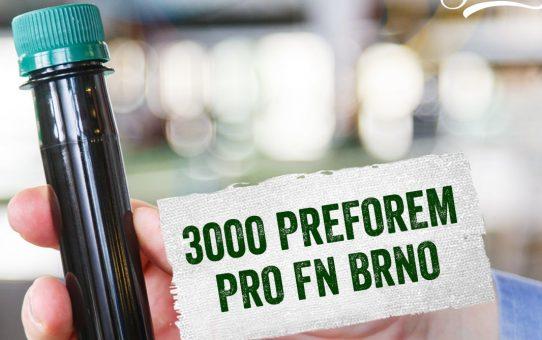 A csehországi Brnóban sörösüvegben tárolják a koronavírus-teszthez vett mintákat